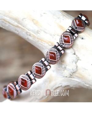 Bracelet magnétique cuivre agate rouge avec 13 aimants